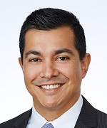 Luis-Peralta_headshot